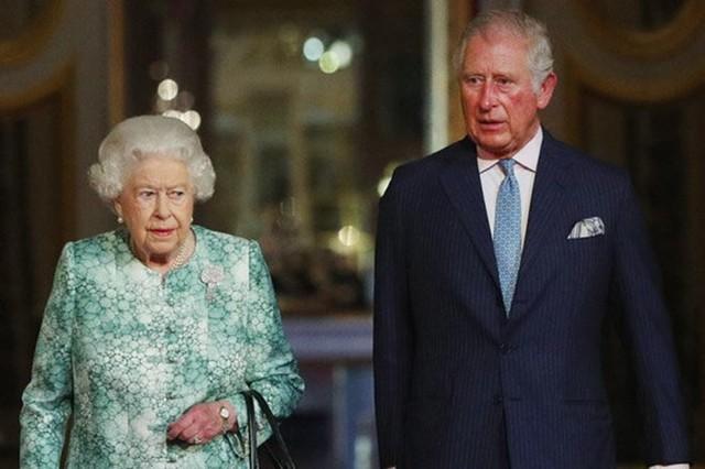Thái tử Charles chính thức trở thành người kế vị Nữ hoàng Anh - Ảnh 1.