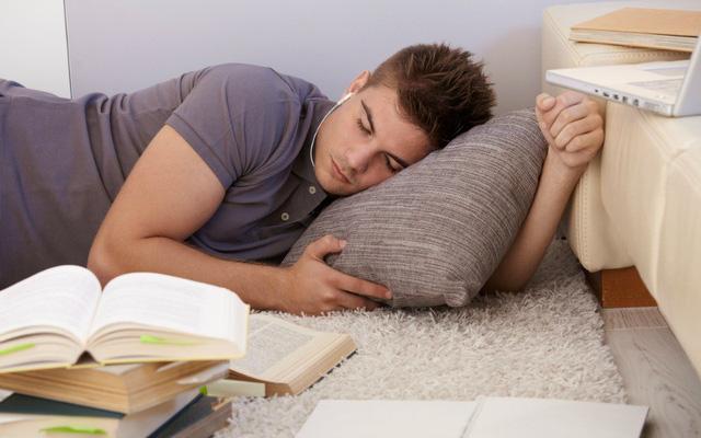 Nằm ngủ không cần gối, điều gì sẽ xảy ra với cơ thể? - Ảnh 1.