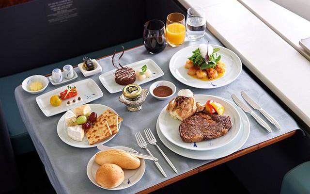 Sự thật về sử dụng thực phẩm, đồ uống trên máy bay bạn chưa bao giờ biết - Ảnh 3.