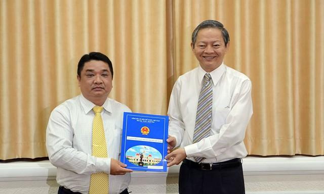 Chân dung Phó Chủ tịch TPHCM vừa xin thôi chức vì lý do sức khỏe - Ảnh 7.