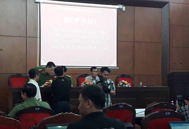 Công an Đắk Nông: Phế phẩm cà phê nhuộm pin con Ó được bán với giá 9.000 đồng/kg - Ảnh 5.
