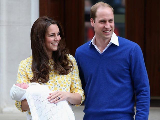 Đây là chi phí mà vợ chồng hoàng tử William phải bỏ ra để nuôi 3 em bé hoàng gia - Ảnh 7.