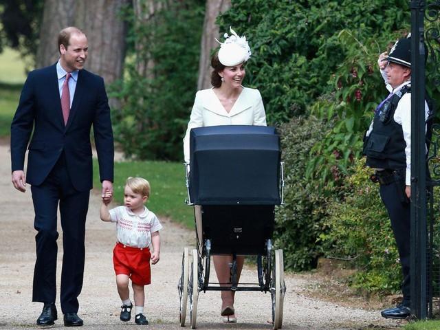 Đây là chi phí mà vợ chồng hoàng tử William phải bỏ ra để nuôi 3 em bé hoàng gia - Ảnh 9.