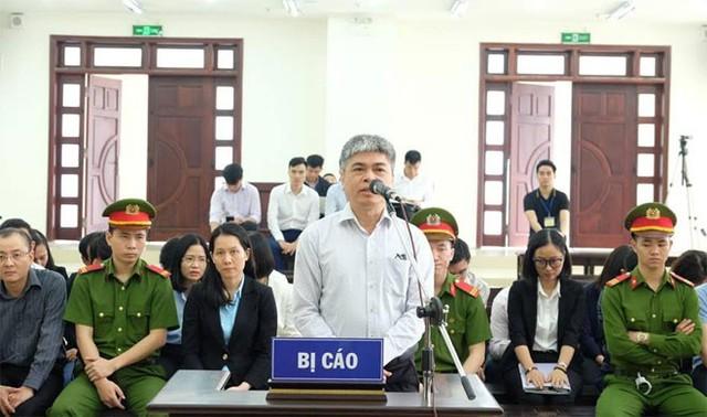 Nguyễn Xuân Sơn xin bồi thường 45/49 tỷ đồng tham ô để thoát án tử hình  - Ảnh 1.