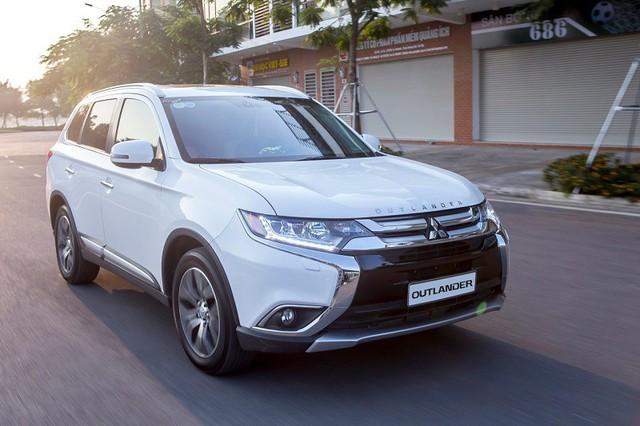 Những mẫu ôtô mới bán ra tại Việt Nam 4 tháng đầu năm 2018 - Ảnh 6.