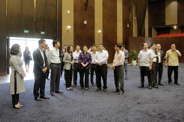 Chủ tịch Quốc hội Nguyễn Thị Kim Ngân thăm nhiều dự án trọng điểm tại Quảng Ninh - Ảnh 3.