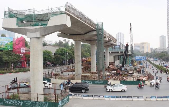 Run run cúi đầu qua siêu dự án các con phố sắt Nhổn-ga Hà Nội - Ảnh 1.