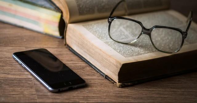 Đây là lí do tại sao đọc sách mỗi ngày là khoản đầu tư có lãi nhất của đời người - Ảnh 1.