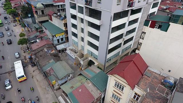 Cận cảnh loạt chung cư là điểm đen phòng cháy ở Hà Nội - Ảnh 9.
