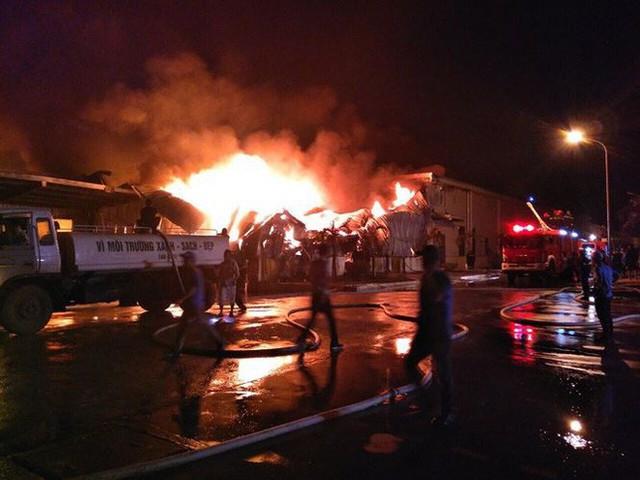 Chưa tìm ra nguyên nhân vụ cháy nhà máy suốt 2 ngày đêm ở Quảng Ninh - Ảnh 2.
