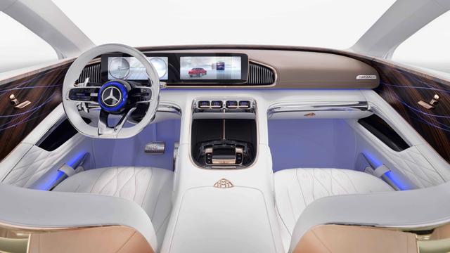 Lái Mercedes Maybach và thưởng thức trà ngay trên xe - trải nghiệm đẳng cấp của giới siêu giàu - Ảnh 6.