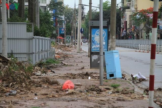 Hà Nội rào chắn, cấm đường để xây nhà ga Cát Linh - Ảnh 15.