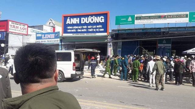 Vụ tai nạn thảm khốc, 5 người tử vong tại chỗ: Chiếc xe phải phóng gần 100 km/h - Ảnh 2.