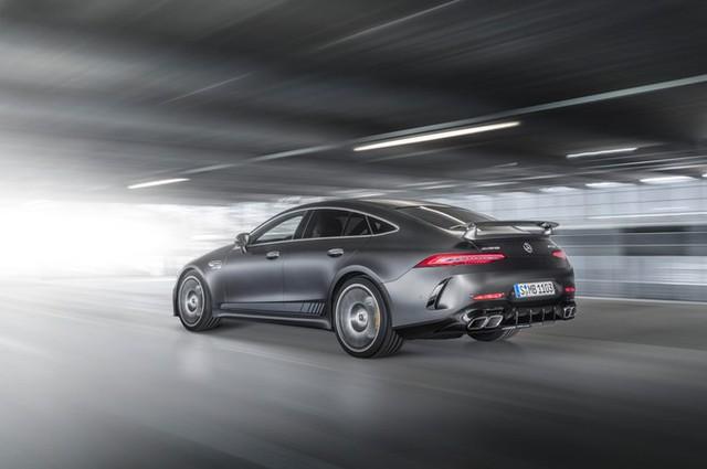Chiêm ngưỡng Mercedes AMG GT Coupe 4 cửa thuộc dòng xe đẹp nhất thị trường, không chỉ sang trọng mà còn mạnh mẽ đúng chất siêu xe - Ảnh 2.