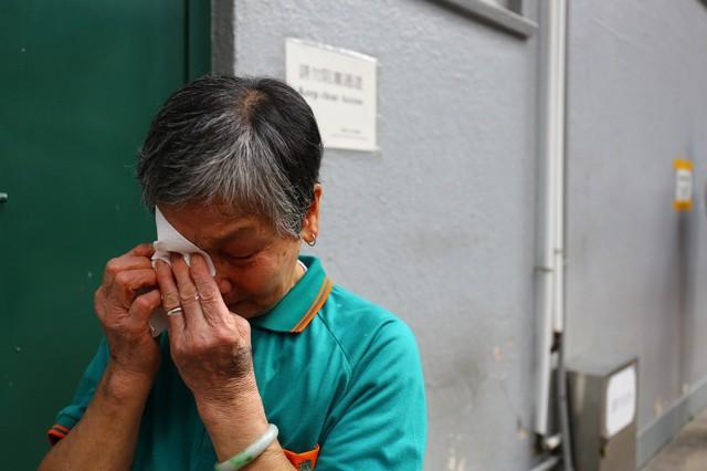 Cuộc sống của những người già ở Hồng Kông: Vẫn phải vật lộn mưu sinh dù đã quá tuổi nghỉ hưu - Ảnh 5.