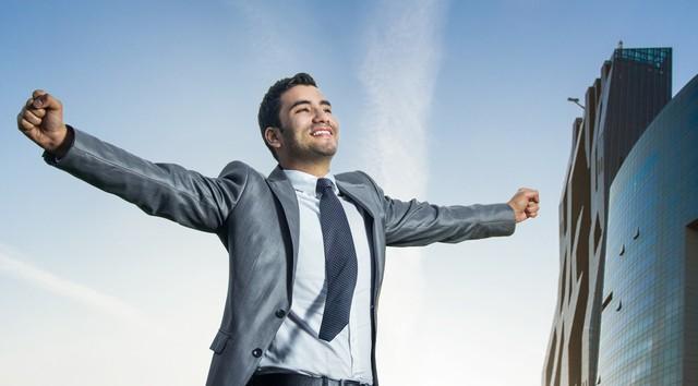 Đàn ông ngoài 30 tuổi: Hài hòa, dễ gần hay tận tâm nhưng khó tính dễ thành công hơn? - Ảnh 1.