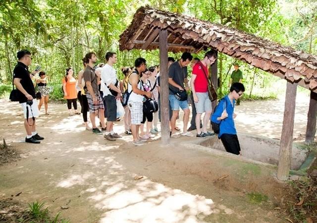 Quy định lạ lùng về thị thực của Việt Nam sẽ được bãi bỏ? - Ảnh 1.