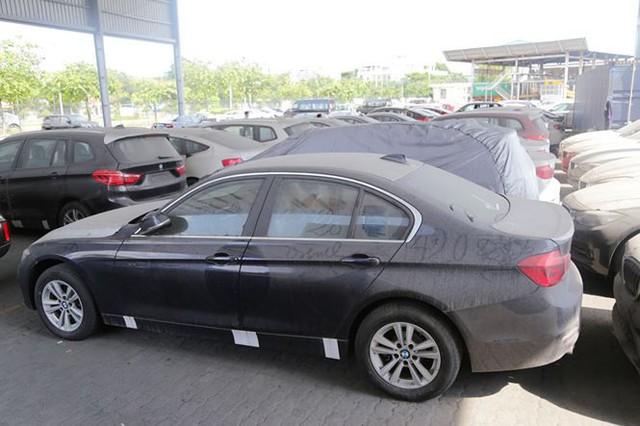 Cận cảnh lô xe BMW nằm phơi nắng, phủ bụi ở cảng Sài Gòn - Ảnh 6.