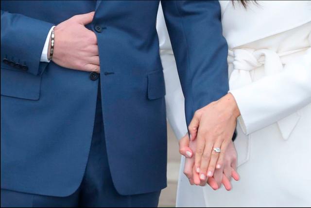 Hành trình lọ lem Meghan từ khi đánh rơi hài tới cô dâu ở đám cưới hoàng gia 1,5 tỉ người theo dõi, tiêu tốn nửa triệu euro - Ảnh 10.