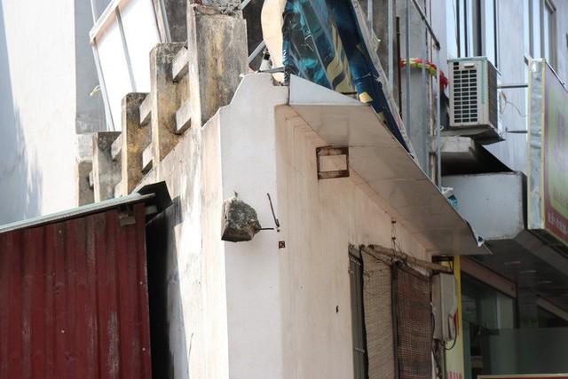 Những căn nhà siêu mỏng, siêu méo tại Hà Nội tồn tại như thế nào? - Ảnh 2.