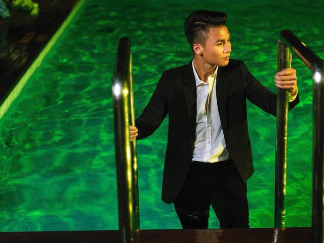 Các cầu thủ U23 Việt Nam lột xác thành những quý ông lịch lãm trong bộ ảnh mới - Ảnh 9.