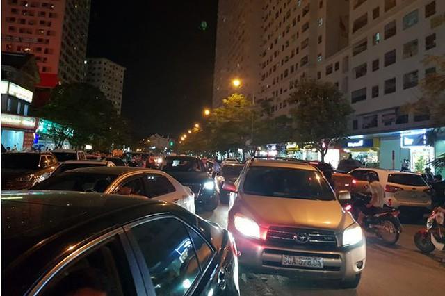 Náo loạn vì bãi đỗ xe lậu lớn nhất Linh Đàm bị đâyng cửa - Ảnh 5.