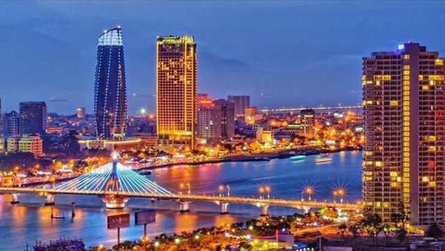 Bộ trưởng Nội vụ nói về thực trạng nhân tài ở Đà Nẵng xin thôi việc  - Ảnh 1.