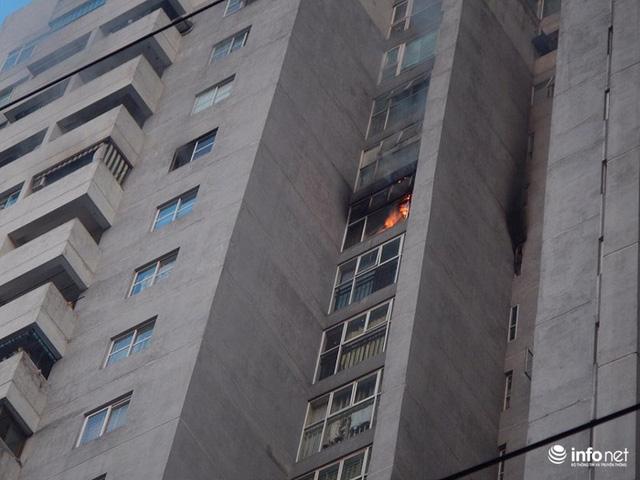 Hà Nội: Cháy ở toà chung cư CT3 Bắc Hà trên một vài con phố Nguyễn Trãi - Ảnh 1.