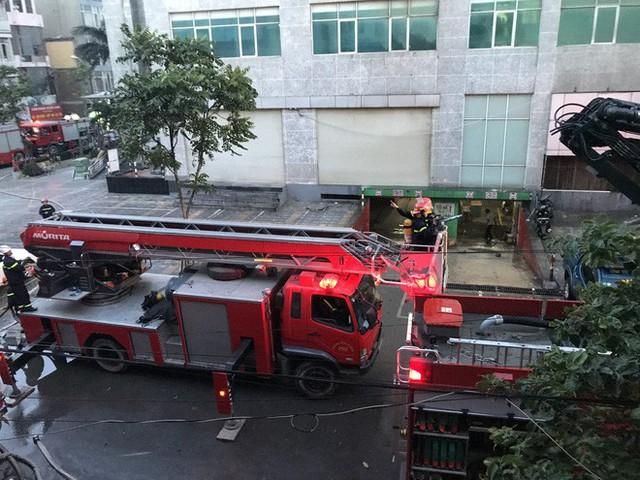 Cảnh tan hoang bên trong căn nhà cháy tại tầng 18 chung cư ở Hà Đông - Ảnh 15.