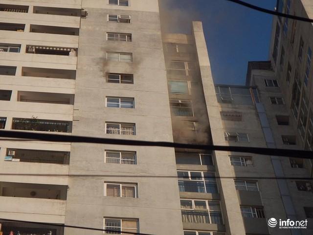 Hà Nội: Cháy ở toà chung cư CT3 Bắc Hà trên một vài con phố Nguyễn Trãi - Ảnh 3.