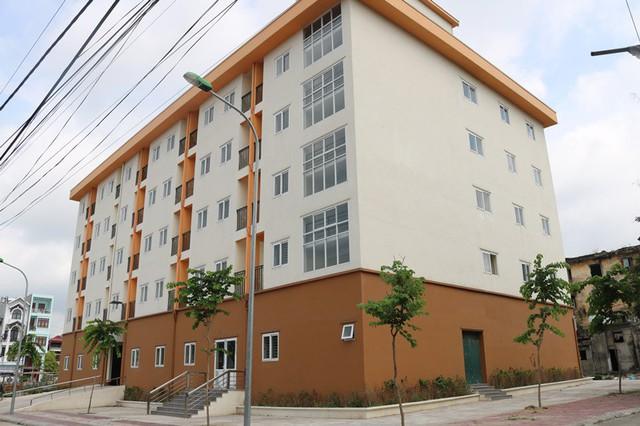 Quảng Ninh: Cải tạo chung cư xuống cấp đã hoàn thành nhưng dân không đến ở - Ảnh 1.