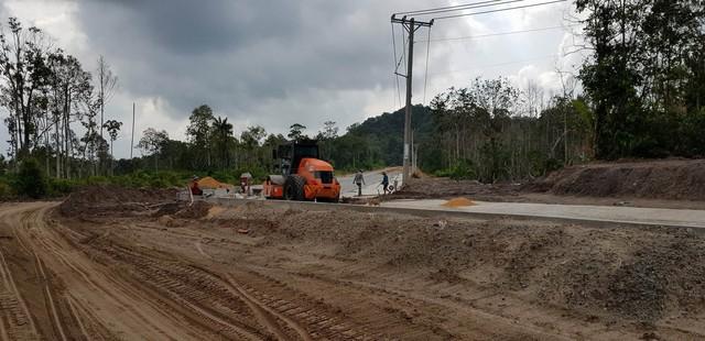 Muôn kiểu buôn đất ở Phú Quốc: Một thị trường ngầm đang hình thành - Ảnh 3.