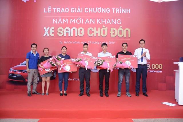 Ngân hàng Quốc Dân trao Toyota Vios cho khách trúng thưởng chương trình Năm mới an khang – Xe sang chờ đón - Ảnh 2.