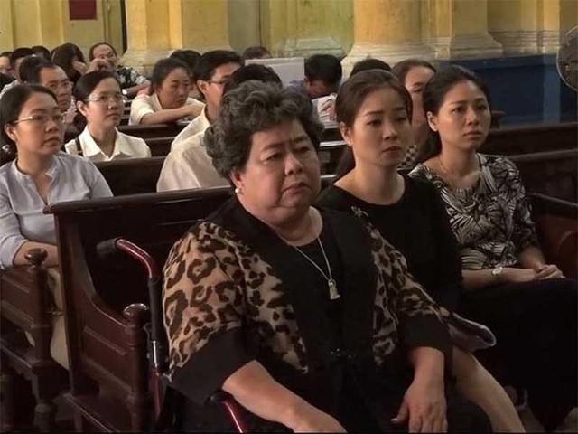 Công ty Phương Trang bị bà Phấn bắt gánh nợ ra sao? - Ảnh 1.