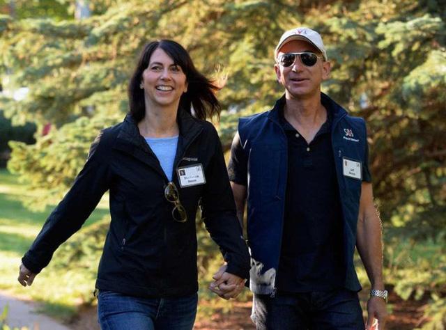 Tỷ phú giàu nhất thế giới Jeff Bezos tiết lộ điều sẽ khiến bạn phải tiếc nuối ở độ tuổi 80 - Ảnh 3.
