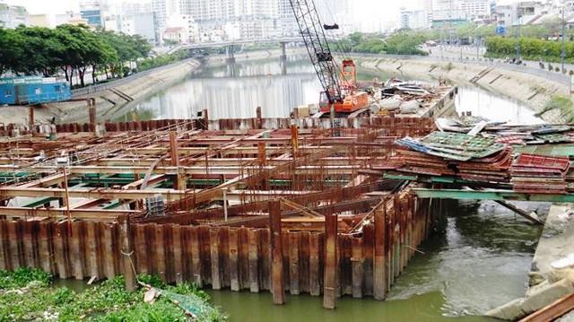Vì sao dự án chống ngập 10.000 tỷ ở Sài Gòn ngưng thi công?   - Ảnh 4.