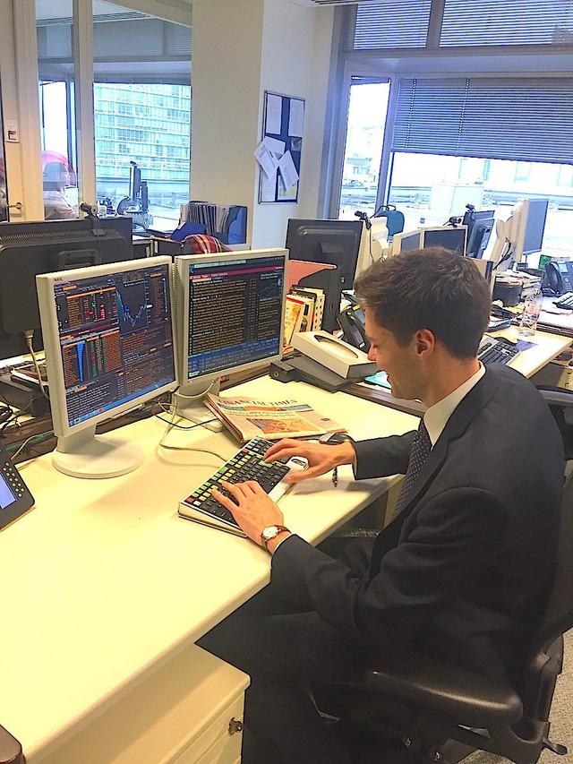 Cuộc sống thường ngày bận rộn của thanh niên 28 tuổi đang làm việc tại Credit Suisse - Ảnh 15.