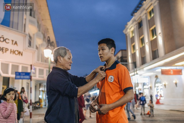 Một người cha Hà Nội viết nên cổ tích cho con trai tự kỷ thoát án chung thân, trở thành kỷ lục gia xiếc nhí Việt Nam - Ảnh 2.