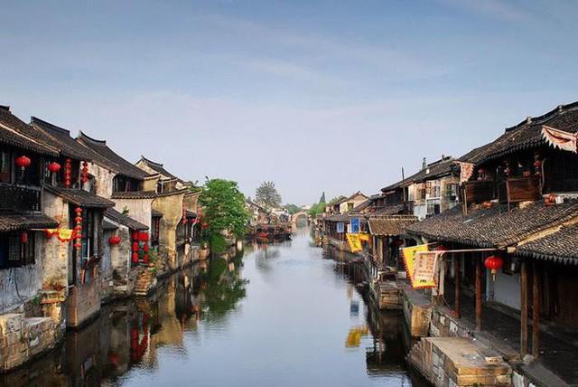 Ngất ngây với 5 cổ trấn đẹp như trong phim cổ trang ở Trung Quốc - Ảnh 11.
