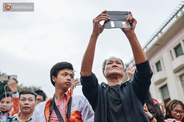 Một người cha Hà Nội viết nên cổ tích cho con trai tự kỷ thoát án chung thân, trở thành kỷ lục gia xiếc nhí Việt Nam - Ảnh 12.