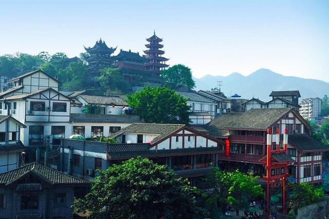 Ngất ngây với 5 cổ trấn đẹp như trong phim cổ trang ở Trung Quốc - Ảnh 14.