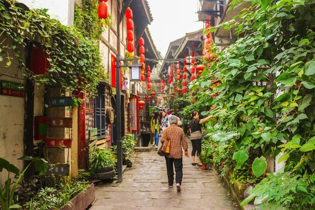 Ngất ngây với 5 cổ trấn đẹp như trong phim cổ trang ở Trung Quốc - Ảnh 16.