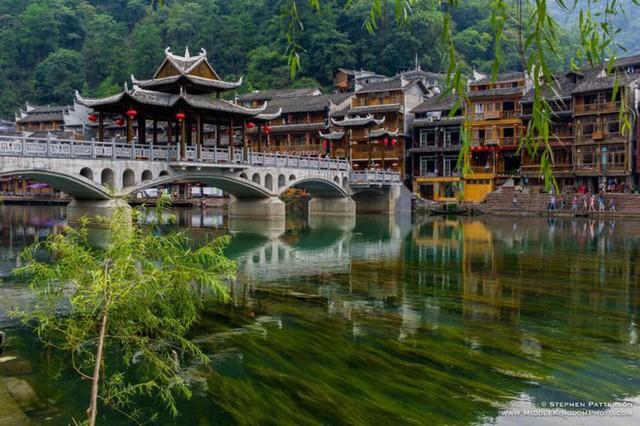 Ngất ngây với 5 cổ trấn đẹp như trong phim cổ trang ở Trung Quốc - Ảnh 7.