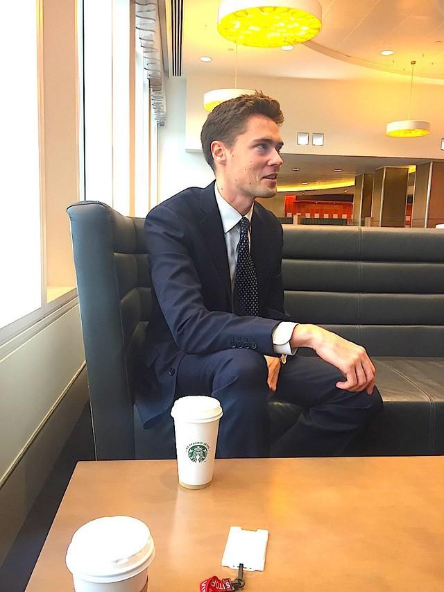 Cuộc sống thường ngày bận rộn của thanh niên 28 tuổi đang làm việc tại Credit Suisse - Ảnh 1.