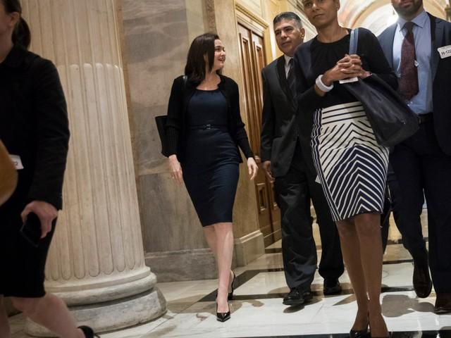 Sốc với cách ăn mặc của những tỷ phú đô la nổi danh thế giới: Những bộ trang phục 200 USD - Ảnh 7.