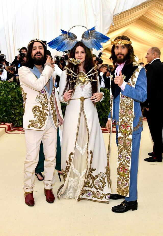 Những trang phục Haute Couture cao cấp bậc nhất xuất hiện trong Met Gala 2018: Đẳng cấp, thời thượng và xứng tầm với sự kiện Oscar thời trang - Ảnh 6.