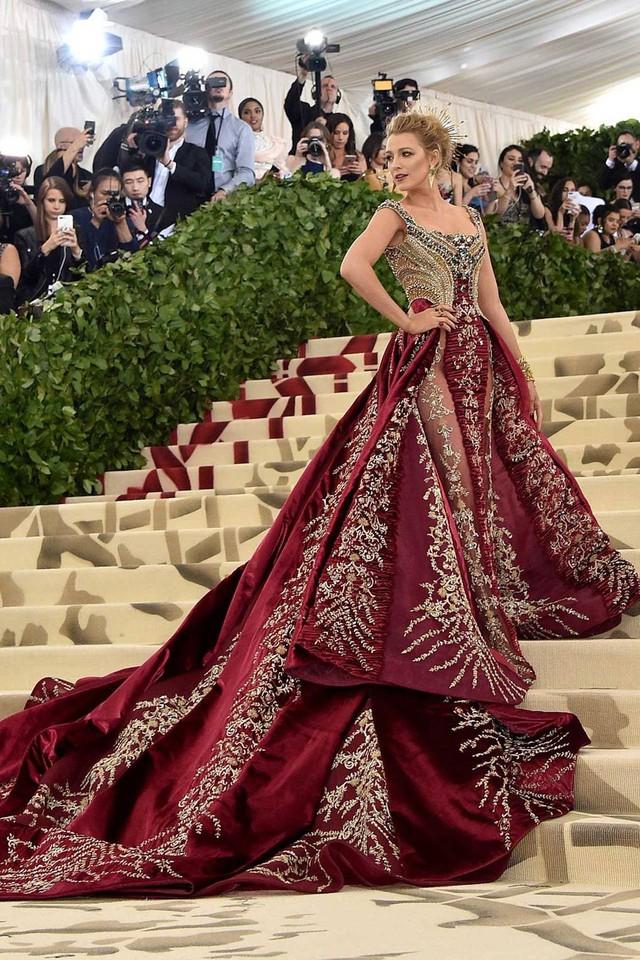 Những trang phục Haute Couture cao cấp bậc nhất xuất hiện trong Met Gala 2018: Đẳng cấp, thời thượng và xứng tầm với sự kiện Oscar thời trang - Ảnh 12.