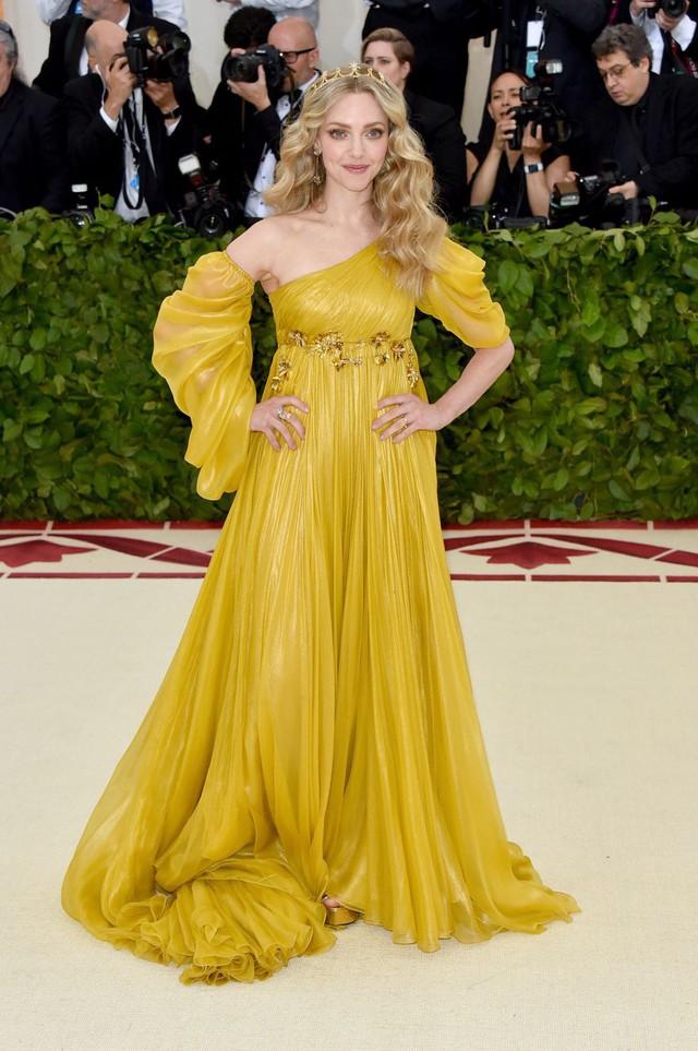 Những trang phục Haute Couture cao cấp bậc nhất xuất hiện trong Met Gala 2018: Đẳng cấp, thời thượng và xứng tầm với sự kiện Oscar thời trang - Ảnh 13.