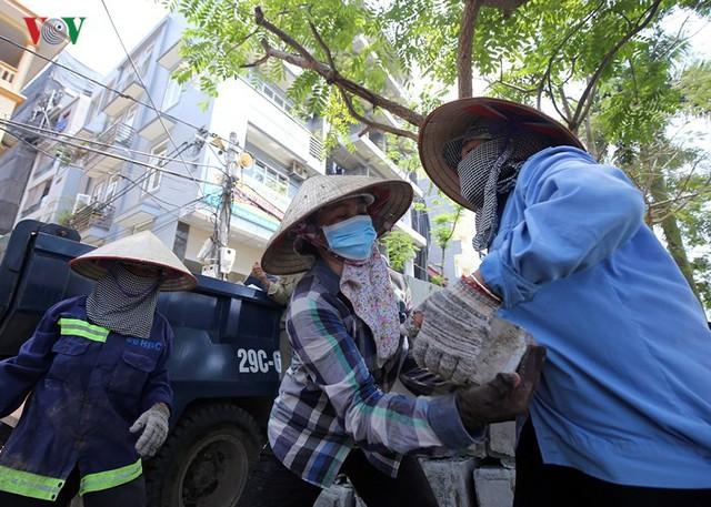 Ảnh: Hà Nội có tuyến phố đi bộ thứ 2 vào ngày 11/5 - Ảnh 10.
