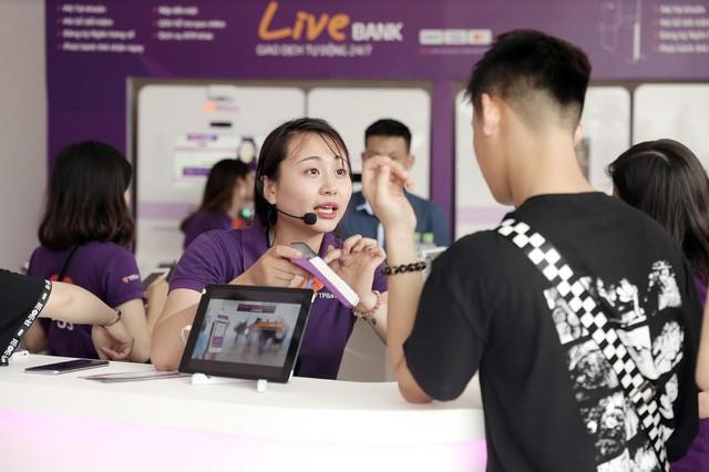 TPBank đưa Ngân hàng tương lai đến sự kiện Nex Music Festival - Ảnh 6.
